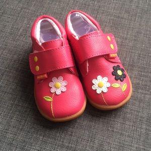 Pediped Aryanna Walking Shoes Fuschia size 21/5.5